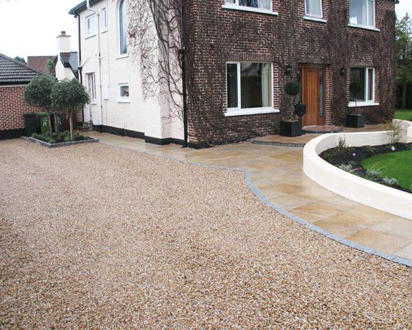 Granite & Gravel Driveway